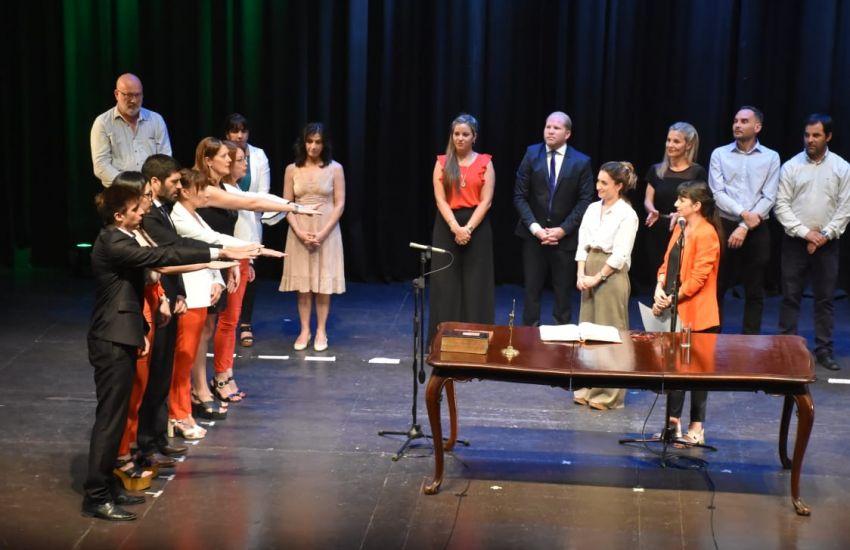 Analía Rach tomó juramento a más de 80 nuevos funcionarios y funcionarias