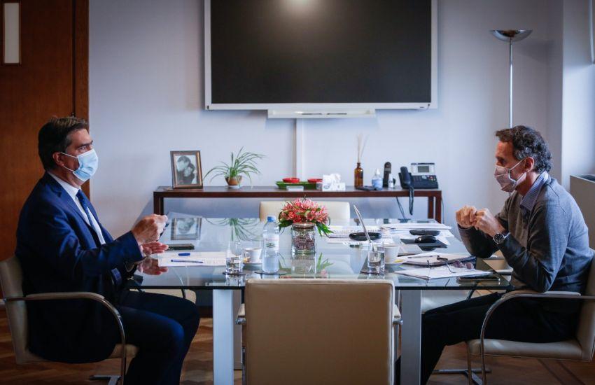 Capitanich y funcionarios nacionales, se reunieron para analizar obras y programas para la provincia